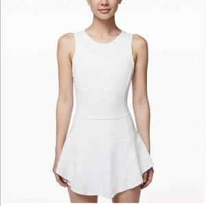Lululemon Serene stride dress size 4 NWT